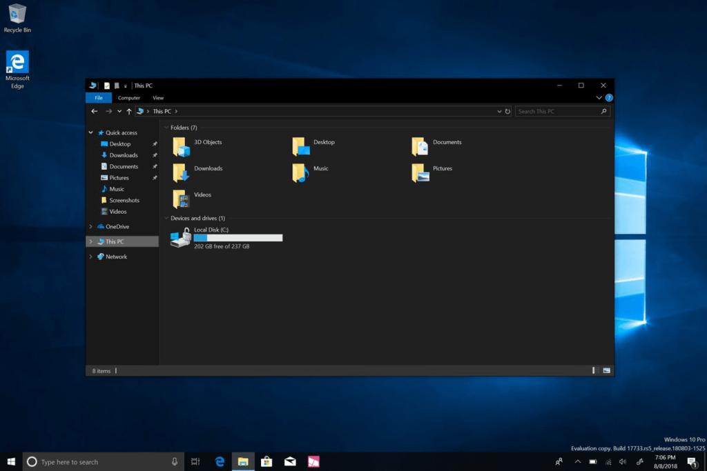 How to Enable Windows 10 File Explorer Dark Theme