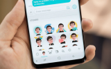 Samsung's Default Texting App Is Sending Random Pics to Other People
