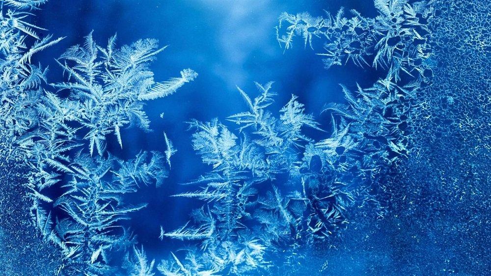 Ice Crystals Premium 4k theme for windows 10