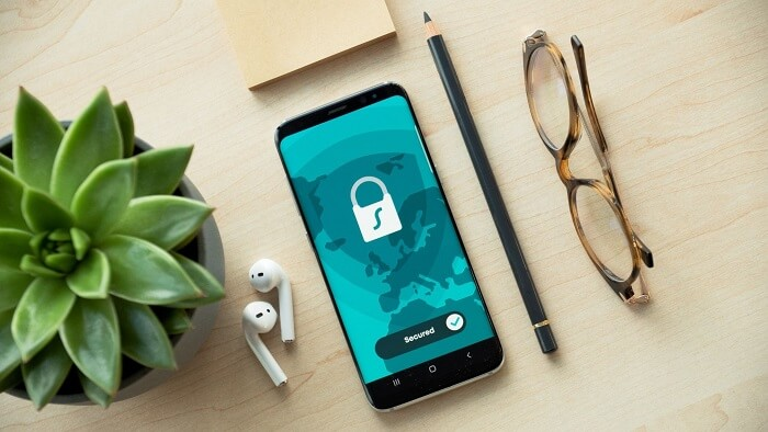 How to Detect and Remove a Spy App From Your Phone