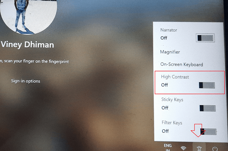 Enable High Contrast theme From Windows 11 Login Screen
